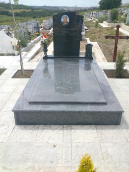 Траурна агенция Галактеа - Паметник от гранит - 03 - Галактеа - Плевен