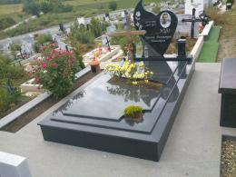 Траурна агенция Галактеа - Паметник от гранит - 06 - Галактеа - Плевен