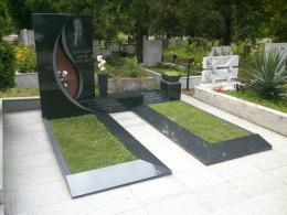 Траурна агенция Галактеа - Паметник от гранит - 09 - Галактеа - Плевен